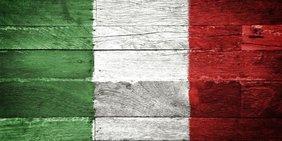 Italien/Italienische Flagge auf Holz