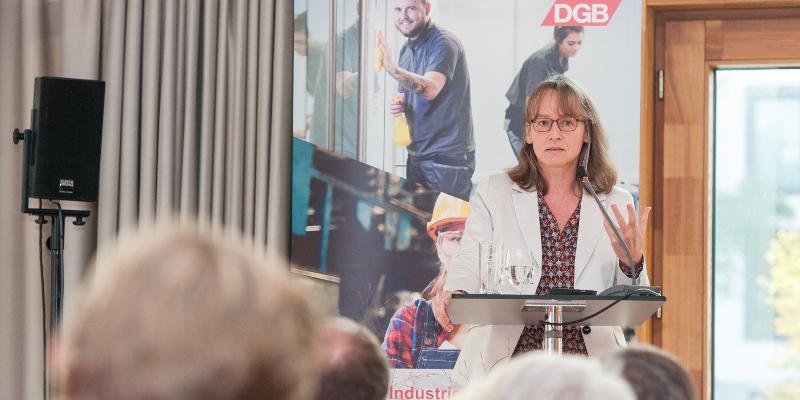 """Prof. Dr. Kerstin Jürgens, Co-Vorsitztende der Kommission """"Arbeit der Zukunft"""" der Hans-Böckler-Stiftung"""