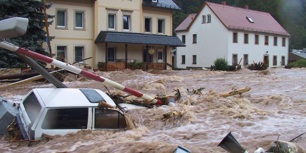 Archivbild Hochwasser in Deutschland 2002, Schlottwitz (Sachsen)