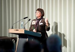 Kati Ziemer, Betriebsrätin bei Charité Facility Management (CFM)