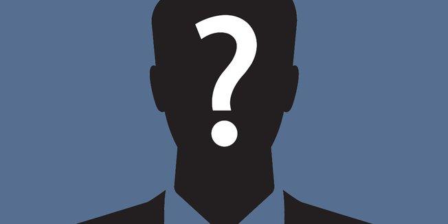 angedeutete Zeichnung eines Mannes im schwarzen Anzug mit Fragezeichen im Gesicht
