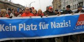 Gewerkschaftliches Bündnis demonstriert gegen Nazis am 19. Februar in Dresden.