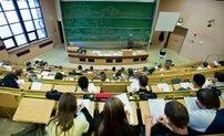 Hörsaal mit Studenten