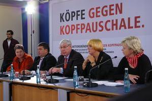 Annelie Buntenbach (DGB), Sigmar Gabriel (SPD), Michael Sommer (DGB) Claudia Roth (Bündnis90/DIE GRÜNEN), Gesine Lötzsch (DIE LINKE)