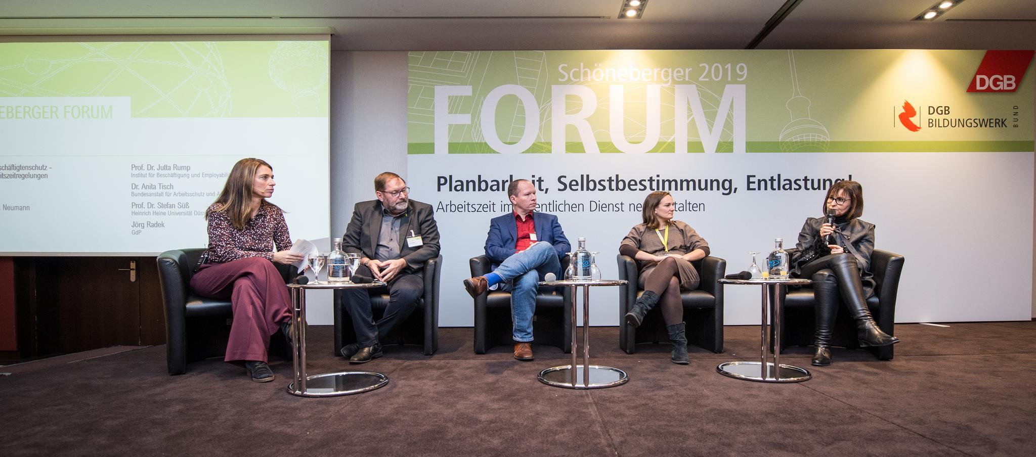 Diskussion beim Schöneberger Forum 2019