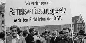 Streik für Betriebsverfassung