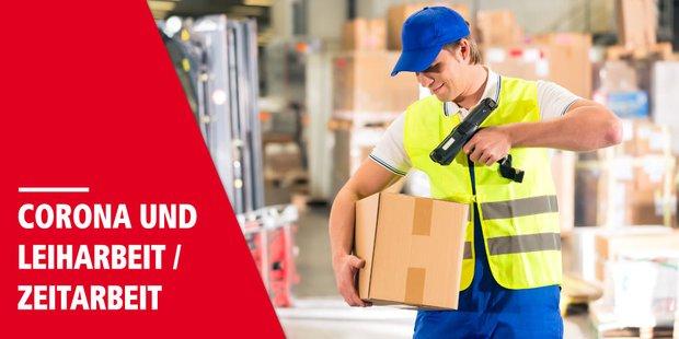männlicher Paketzusteller mit Paket und paketscanner in der Hand, rechts steht Corona und Leiharbeit/ Zeitarbeit