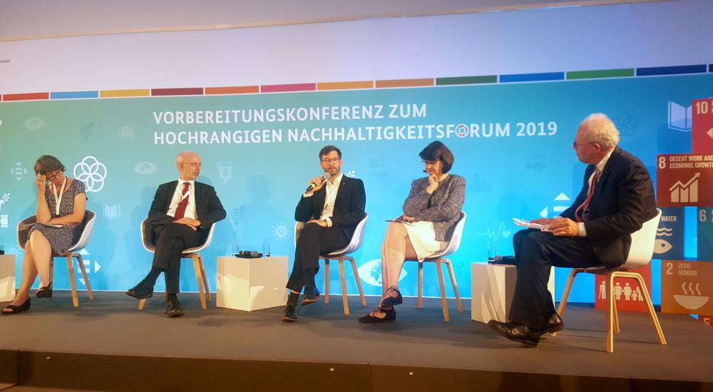 Podiumsdiskussion: Vorbereitungskonferenz auf den Nachhaltigkeitsgipfel der Vereinten Nationen