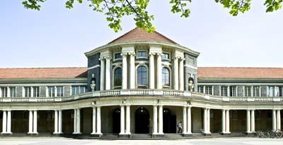 Hauptgebäude der Universität Hamburg, Edmund-Siemers-Allee
