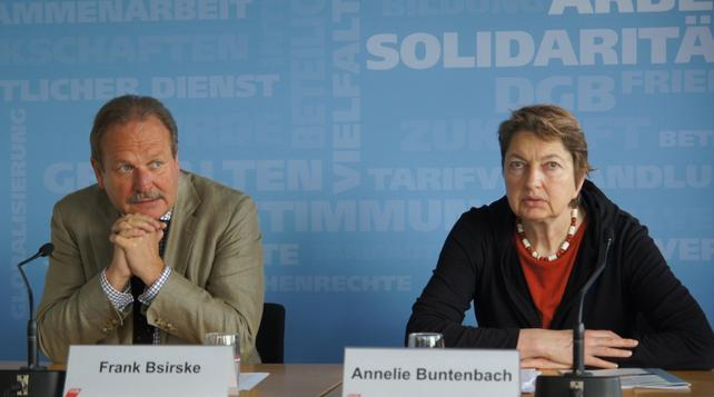Frank Bsirske und Annelie Buntenbach bei der Vorstellung des DGB-Index Gute Arbeit Report 2013