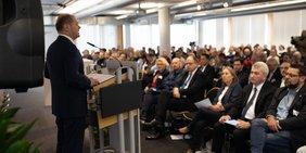 Olaf Scholz auf DGB-Konferenz zu Strukturwandel in Gelsenkirchen