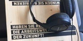 """Kopfhörer Podcast """"Wissen macht Arbeit"""""""