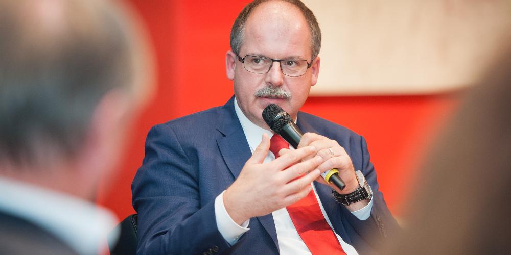 DGB-Vorstandsmitglied Stefan Körzell auf der Woche der Industrie 2016
