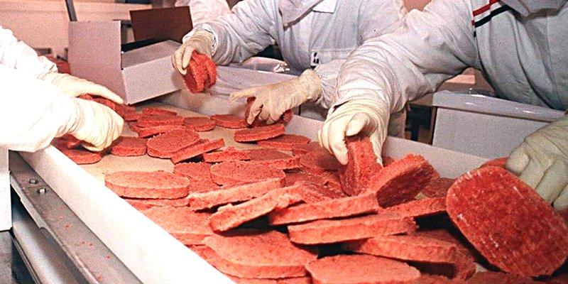 Fleischfabrik Fließband