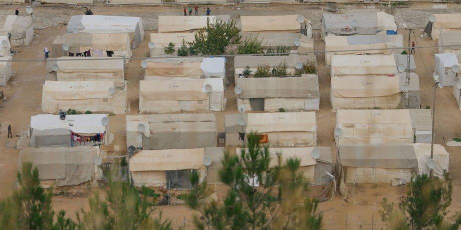 Flüchtlingslager mit Zelten