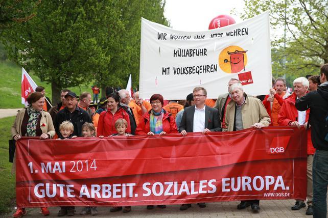 Demozug zum 1. Mai in Bremen