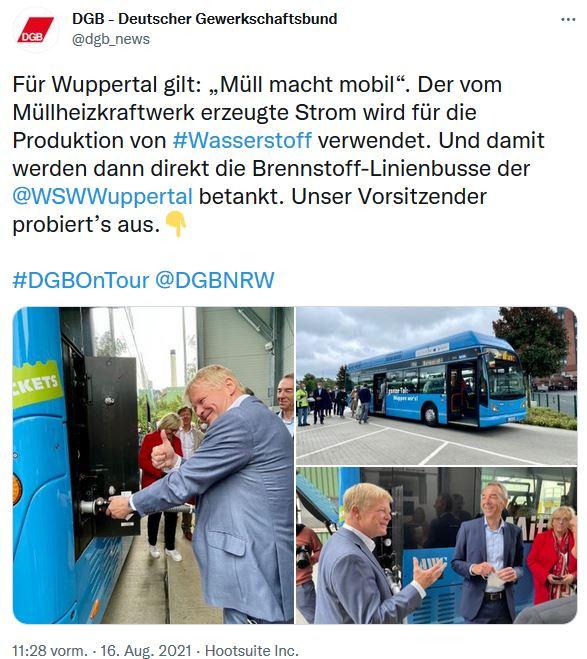 Drei Fotos von Reiner Hoffmanns Sommertour bei den Statdwerken Wuppertal. Er betankt einen blauen Wasserstoffbetriebenen Linienbus und spricht mit Beschäftigten.