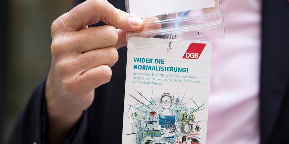 """DGB Broschüre """"Wider die Normalisierung"""""""