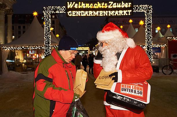 DGB Lohntüte von Weihnachtsmann