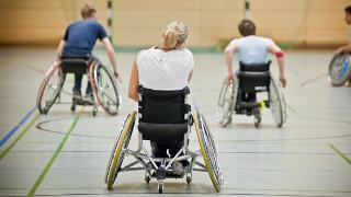 Rollstuhlfahrer beim Sport
