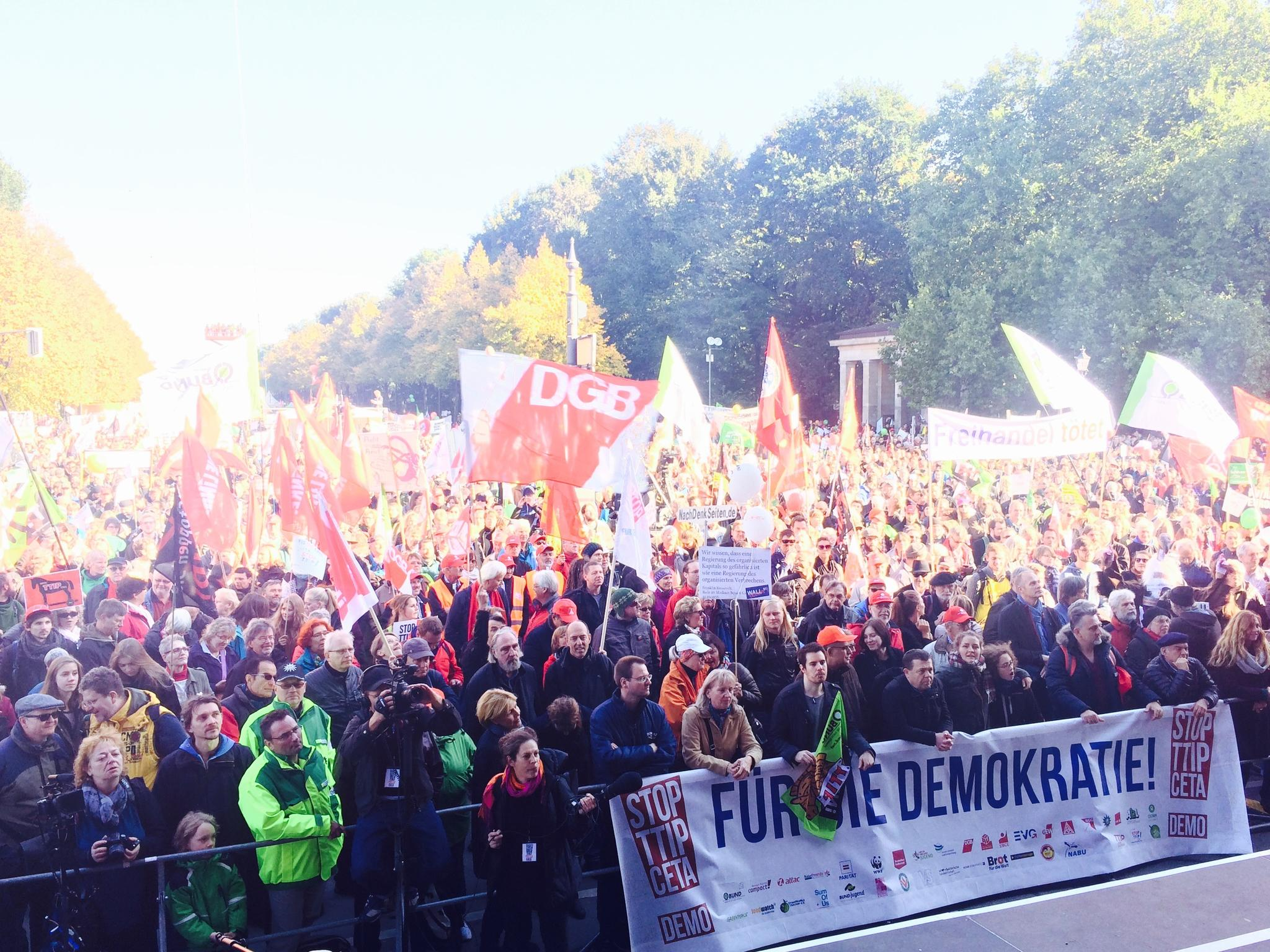 TTIP Demo Clip bunt