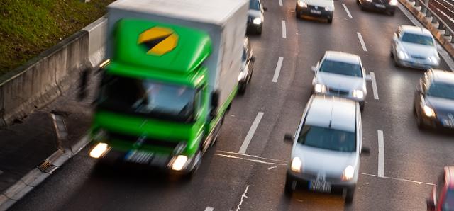 Lastverkehr auf der Autobahn