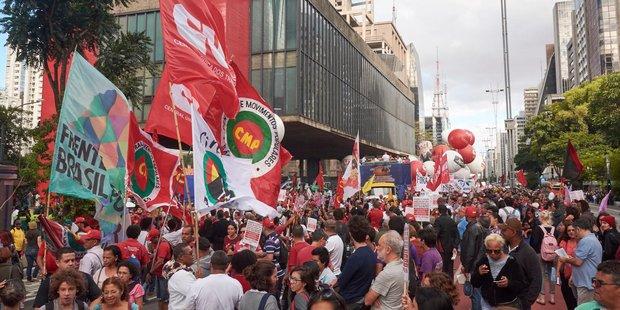 Teilnehmer bei einer Demo in Sao Paulo, Brasilien