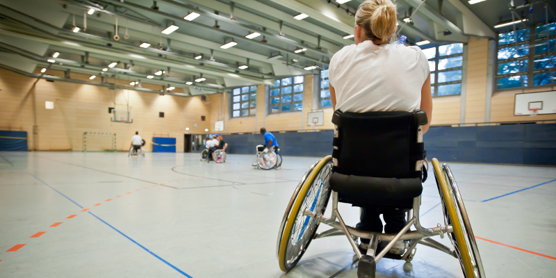 Behindertensportler beim Basketball
