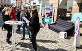 DGB baut mobiles Wohnzimmer in Rosenheim auf
