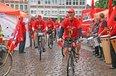 Am Ziel: die RadlerInnen sind fast 600 Kilometer für den Mindestlohn gestrampelt