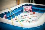 Schwimmbecken mit Tariffischen