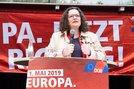 SPD-Vorsitzende Andrea Nahles bei ihrer Mairede in Recklinghausen.