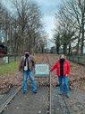 Carsten Peters (DGB-Stadtverbandsvorstand) + Anne Sandner (DGB-Region Münsterland) fordern eine schnellere Reaktivierung einer fast intakten Bahnverbindung Münster-Sendenhorst