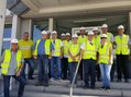 Gruppenfoto DGB-Team beim Zementwerk Dyckerhoff