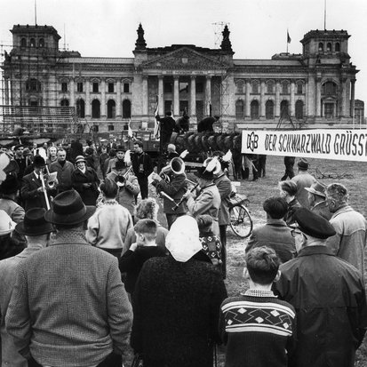 DGB Demo 1963 Bundestag